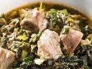 Рецепта Ярешка зелена кавърма със спанак, киселец, пресен зелен лук и гъби печурки